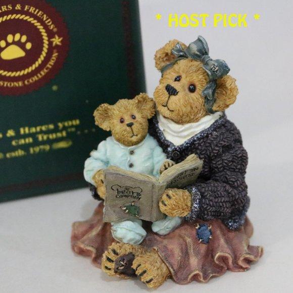Boyds Bear Resin Momma Mcbearsley with Jordan book